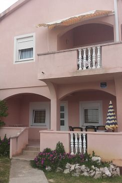 Povljana, Pag, Property 11516 - Apartments with sandy beach.