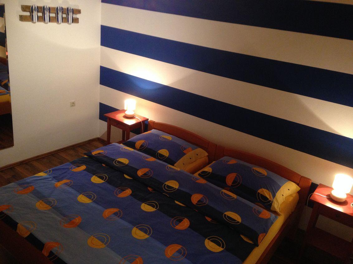 Apartmány s parkoviskom v meste Novi Vinodolski - 11523