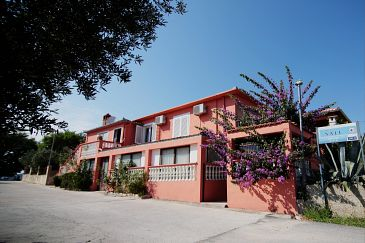 Property Sali (Dugi otok) - Accommodation 11578 - Apartments near sea.