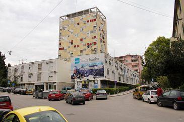 Property Split (Split) - Accommodation 11580 - Apartments with sandy beach.