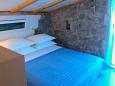 Bedroom 2 - House K-11590 - Vacation Rentals Uvala Pernatice (Drvenik) - 11590