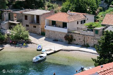 Property Basina (Hvar) - Accommodation 116 - Apartments near sea with pebble beach.