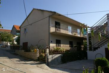 Property Marina (Trogir) - Accommodation 1161 - Apartments near sea with pebble beach.
