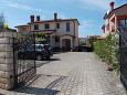 Parking lot Umag (Umag) - Accommodation 11642 - Apartments with sandy beach.