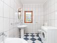Bathroom - Apartment A-11678-a - Apartments Kaštel Kambelovac (Kaštela) - 11678
