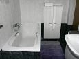 Bathroom 1 - Apartment A-11682-a - Apartments Ostrvica (Omiš) - 11682