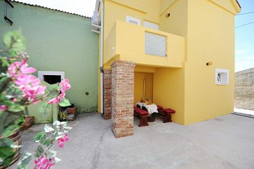 Property Zaton (Zadar) - Accommodation 11722 - Vacation Rentals with sandy beach.