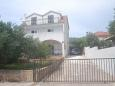 Parking lot Stari Grad (Hvar) - Accommodation 11731 - Apartments with pebble beach.