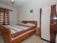 Bedroom 1 - House K-11796 - Vacation Rentals Novo Selo (Brač) - 11796