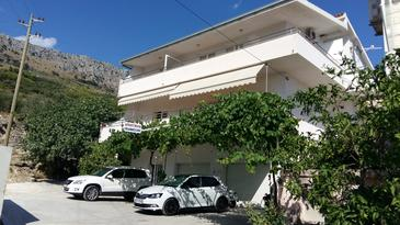 Sumpetar, Omiš, Property 11798 - Apartments with pebble beach.
