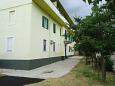 Vranjic, Split, Courtyard 11814 - Apartments blizu mora with pebble beach.