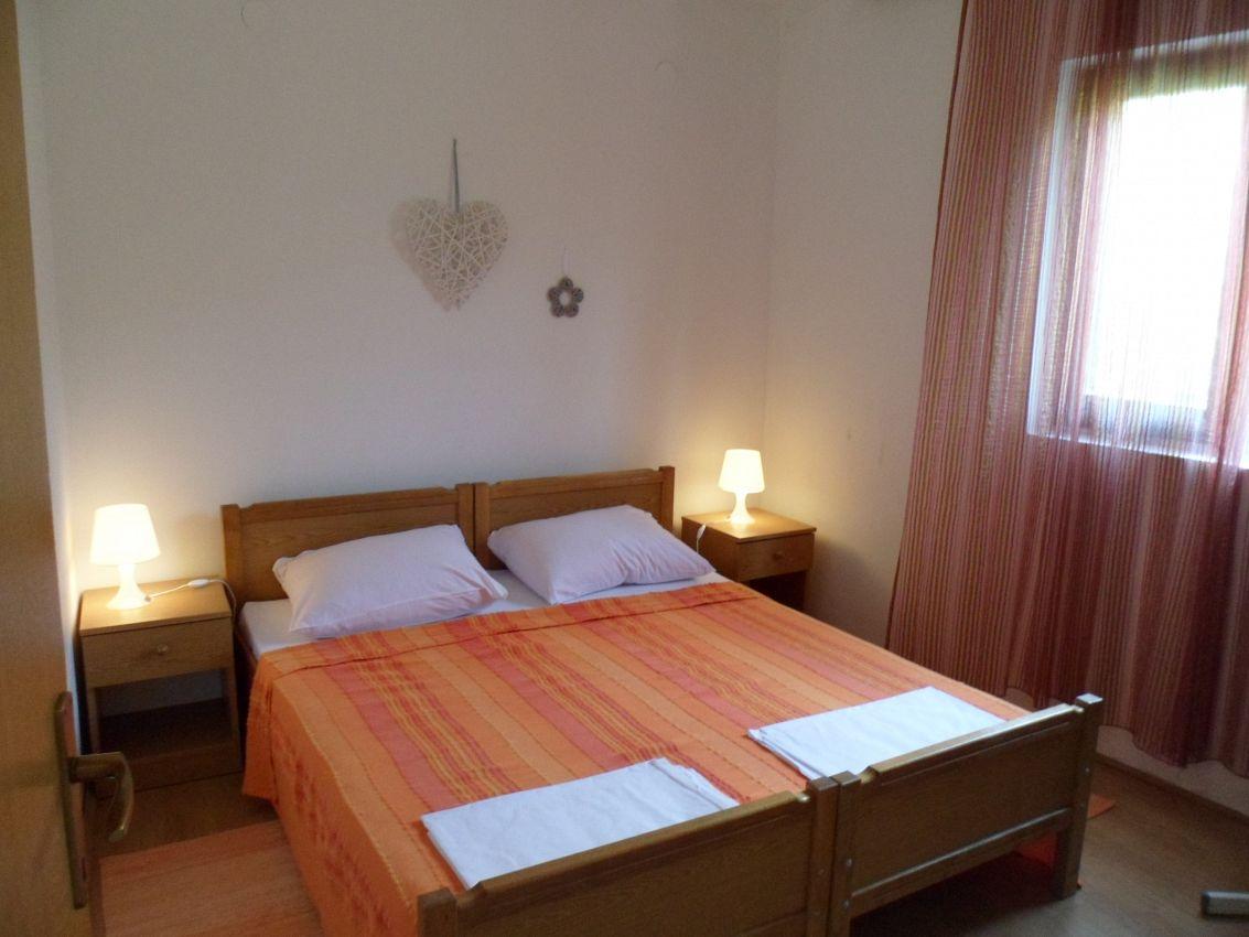 Apartmány s parkoviskom v meste Crikvenica - 12305