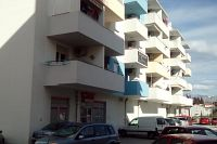 Split Apartments 12357