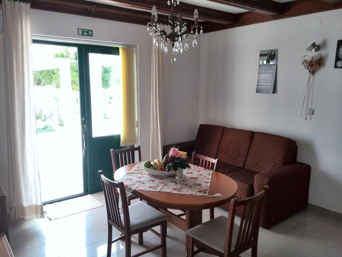 Apartmán na pláži v meste Kampor - 12773