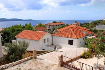 Property Zavala (Hvar) - Accommodation 128 - Apartments and Rooms with pebble beach.