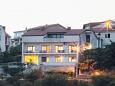 Apartments Novi Vinodolski (Novi Vinodolski) - 13159
