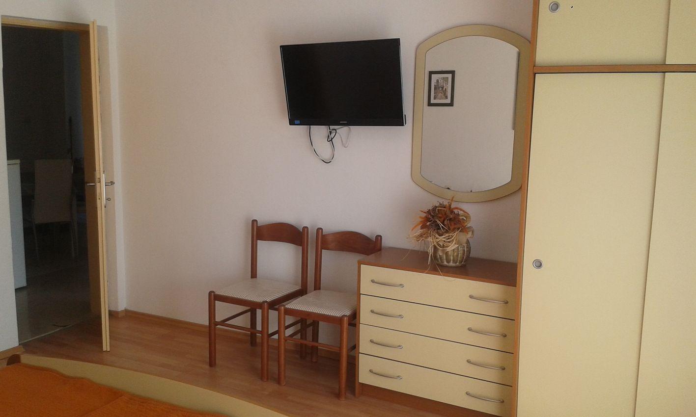 Apartmány s parkoviskom v meste Jelsa - 134