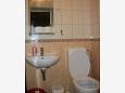 Jelsa, Bathroom 2 u smještaju tipa apartment, dopusteni kucni ljubimci i WIFI.