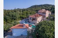 Sutomišćica Apartments 13872