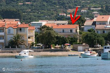 Property Banjol (Rab) - Accommodation 2007 - Apartments near sea with sandy beach.