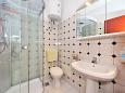 Bathroom - Apartment A-2074-e - Apartments Basina (Hvar) - 2074
