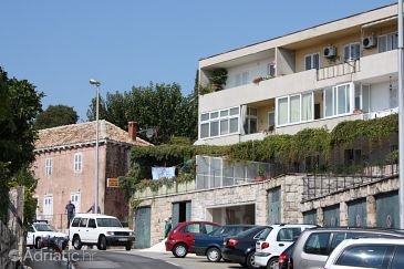 Property Dubrovnik (Dubrovnik) - Accommodation 2151 - Apartments with pebble beach.