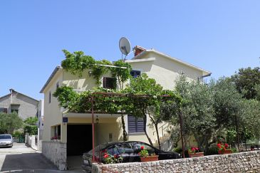 Property Uvala Ljubljeva (Trogir) - Accommodation 2194 - Apartments near sea with pebble beach.
