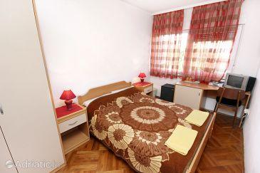 Room S-2203-b - Apartments and Rooms Rovinj (Rovinj) - 2203