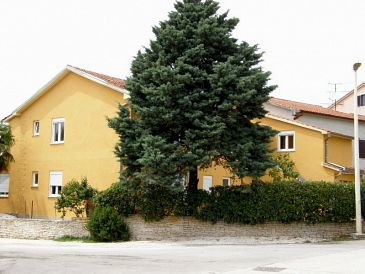 Property Fažana (Fažana) - Accommodation 2261 - Apartments with pebble beach.