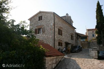 Property Vrsar (Poreč) - Accommodation 2291 - Apartments with pebble beach.