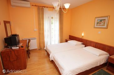 Room S-2321-e - Apartments and Rooms Lovran (Opatija) - 2321