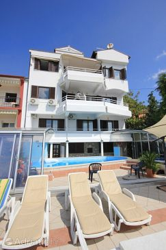 Ičići, Opatija, Property 2325 - Apartments with pebble beach.