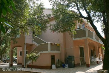 Property Šimuni (Pag) - Accommodation 237 - Apartments with pebble beach.