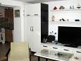 Novi Vinodolski, Living room u smještaju tipa studio-apartment, dostupna klima i WIFI.