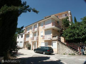 Crikvenica, Crikvenica, Property 2389 - Apartments and Rooms with pebble beach.