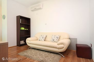 Rovinj, Living room u smještaju tipa apartment, dostupna klima i WIFI.
