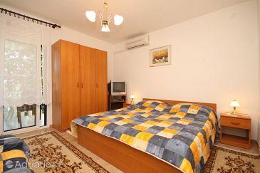 Apartment A-2411-a - Apartments Rukavac (Vis) - 2411