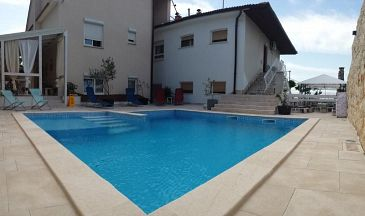Property Novi Vinodolski (Novi Vinodolski) - Accommodation 2419 - Apartments in Croatia.