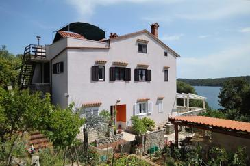 Property Mali Lošinj (Lošinj) - Accommodation 2487 - Apartments near sea.