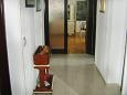 Babići, Hallway u smještaju tipa apartment, dostupna klima i WIFI.
