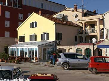 Property Novigrad (Novigrad) - Accommodation 2545 - Apartments in Croatia.