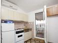 Kitchen - Apartment A-2588-a - Apartments Promajna (Makarska) - 2588
