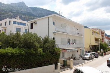 Property Makarska (Makarska) - Accommodation 2599 - Apartments with pebble beach.