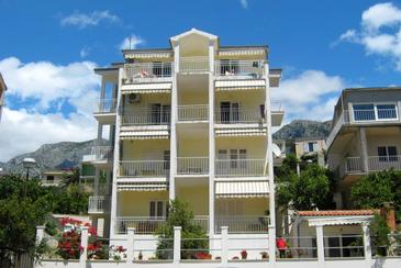 Property Podgora (Makarska) - Accommodation 2615 - Apartments near sea with pebble beach.