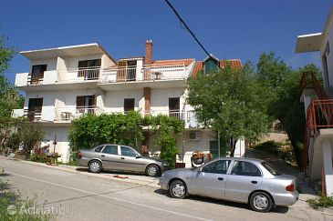 Property Igrane (Makarska) - Accommodation 2622 - Apartments near sea with pebble beach.