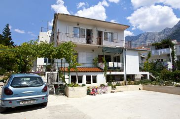 Property Makarska (Makarska) - Accommodation 2636 - Apartments with pebble beach.