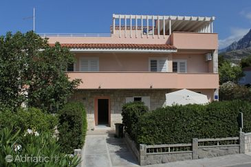 Property Makarska (Makarska) - Accommodation 2672 - Apartments near sea with pebble beach.
