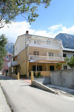 Property Promajna (Makarska) - Accommodation 2674 - Apartments near sea with pebble beach.