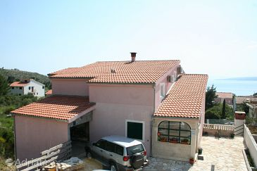Promajna, Makarska, Property 2691 - Apartments with pebble beach.