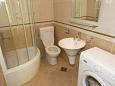 Bathroom 1 - Apartment A-2705-b - Apartments Drašnice (Makarska) - 2705